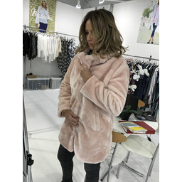 Lucy Cobb Tilly Fur Coat in Pink