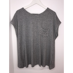 Lucy Cobb Pearl Pocket Tee - Grey