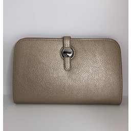 Lucy Cobb Travel Wallet with Purse in Champagne