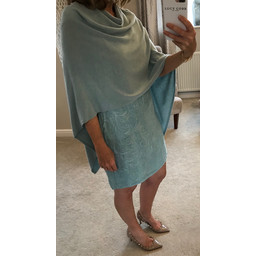 Deck  Raven Poncho in Anis