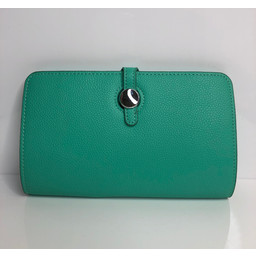 Lucy Cobb Travel Wallet with Purse in Mint