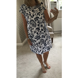 Lucy Cobb Ivy Printed Linen Dress in Navy