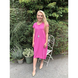 Lucy Cobb Taylor T Shirt Dress in Fuchsia