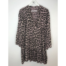 Lucy Cobb Millie Animal Print Tunic in Pink