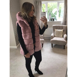 Lucy Cobb Amelia Hooded Faux Fur Gilet in Baby Pink
