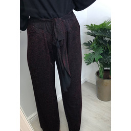 Lucy Cobb Palermo Pleated Trousers in Black Red