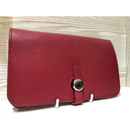 Lucy Cobb Travel Wallet with Purse in Wine