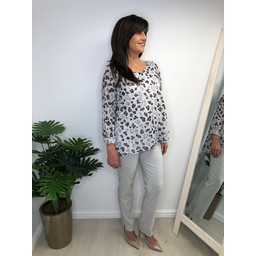 Lucy Cobb Liana Linen Leopard Top - Grey