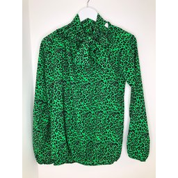 Lucy Cobb Carrie Bow Neck Top in Neon Green Leopard