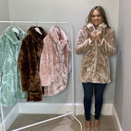 Lucy Cobb Tilly Fur Coat in Oyster