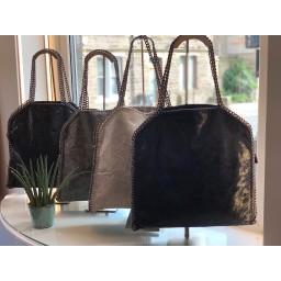 Lucy Cobb Chain Bag in Dark Grey