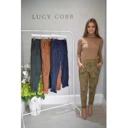 Lucy Cobb Leopard Crinkle 3/4 Joggers in Beige