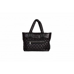 Malissa J Zip Pocket Quilted Bag in Black