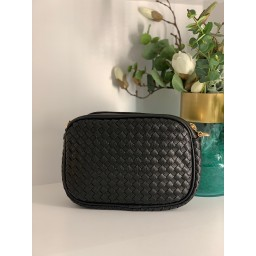 Lucy Cobb Platted Crossbody Bag - Black