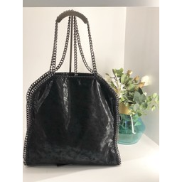 Lucy Cobb Accessories Chain Bag in Black
