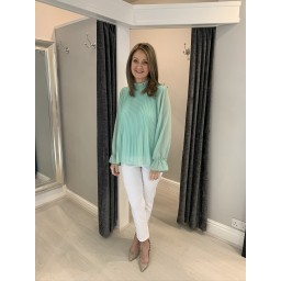 Lucy Cobb Paloma Plain Sleeve Top in Soft Green
