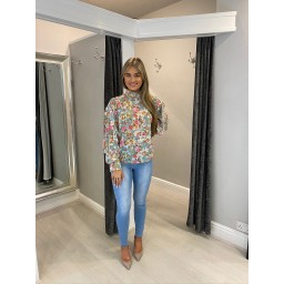 Lucy Cobb Floral Frill Sleeve Blouse - Green Flower