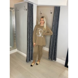 Lucy Cobb Chyna Lounge Set in Camel