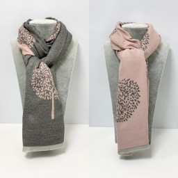 Lucy Cobb Accessories Winnie Reversible Pashmina in Baby Pink