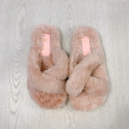 Lucy Cobb Shoes Colbie Crossover Slippers in Baby Pink