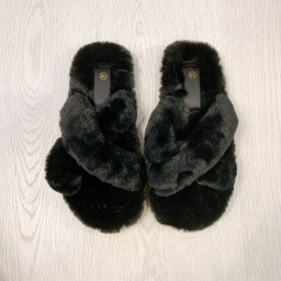 Lucy Cobb Shoes Colbie Crossover Slippers in Black
