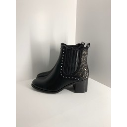 Lucy Cobb Footwear Sicily Stud Boots - Black
