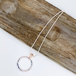 Lucy Cobb Jewellery Cora Circle Short Necklace - Silver