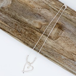 Lucy Cobb Jewellery Hollie Heart Short Necklace  in Silver