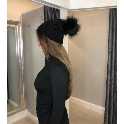 Lucy Cobb Accessories Poppie Pearl Bobble Hat  in Black