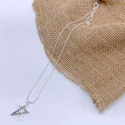 Lucy Cobb Jewellery Tia Two Tone Star Short Necklace in Silver Grey