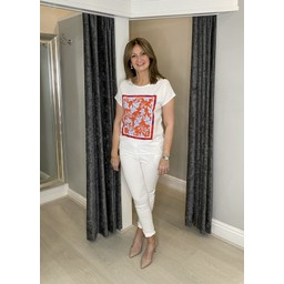 Oui T-shirt with Bright Motif  - White