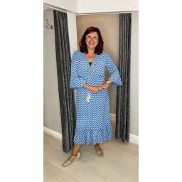 Lucy Cobb Maya Bell Sleeve Midi Dress Curve in Denim