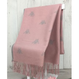 Lucy Cobb Accessories Bee Reversible Pashmina in Baby Pink